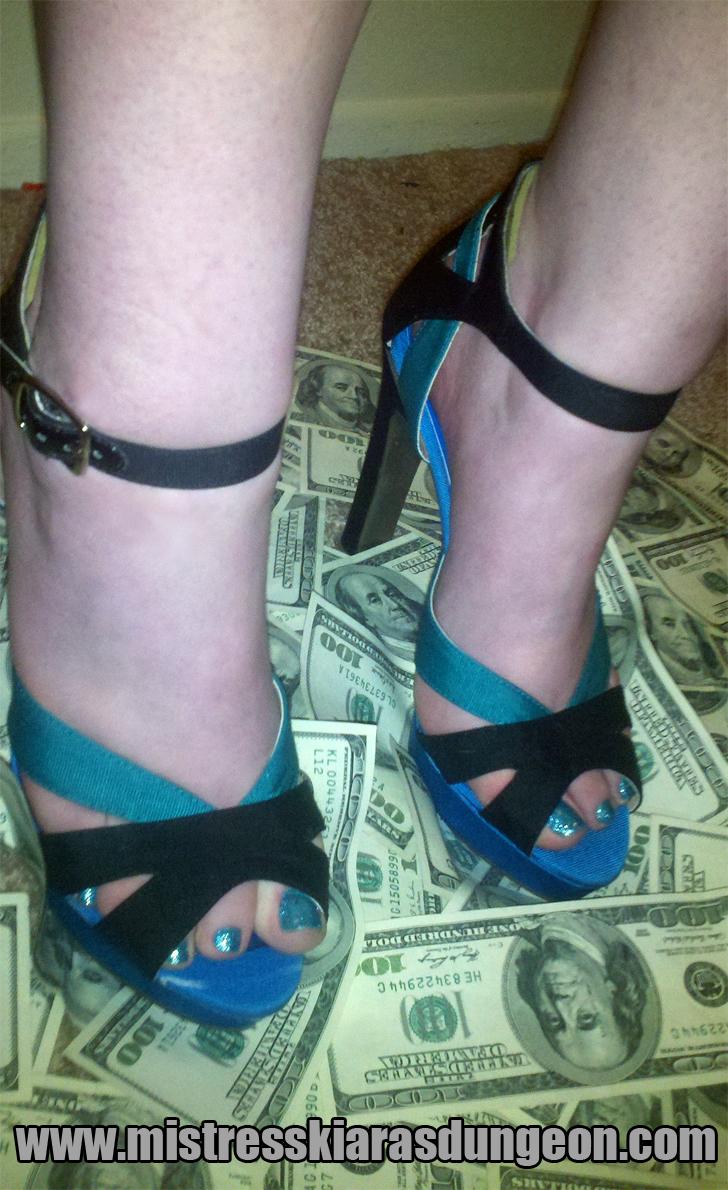 http://mistresskiarasdungeon.com/mistressblog/mistressblog/wp-content/uploads/2012/04/moneyshoes1.png