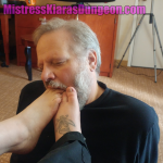 Mistress foot worship fetish barefoot bare feet